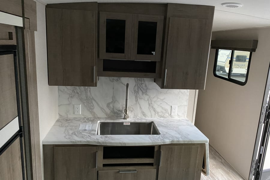 Kitchen w/ full size residential sink
