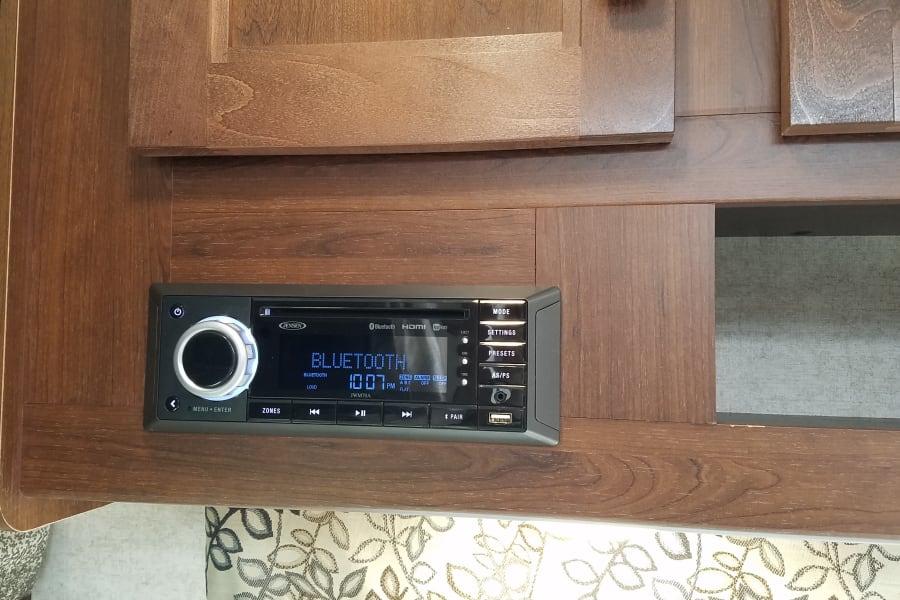 CD & DVD player