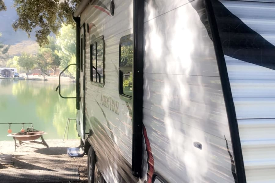 Mountain Lakes Resort campground near me Lytle Creek CA