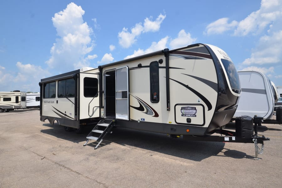 38' RV with 3 slides and 2 awnings