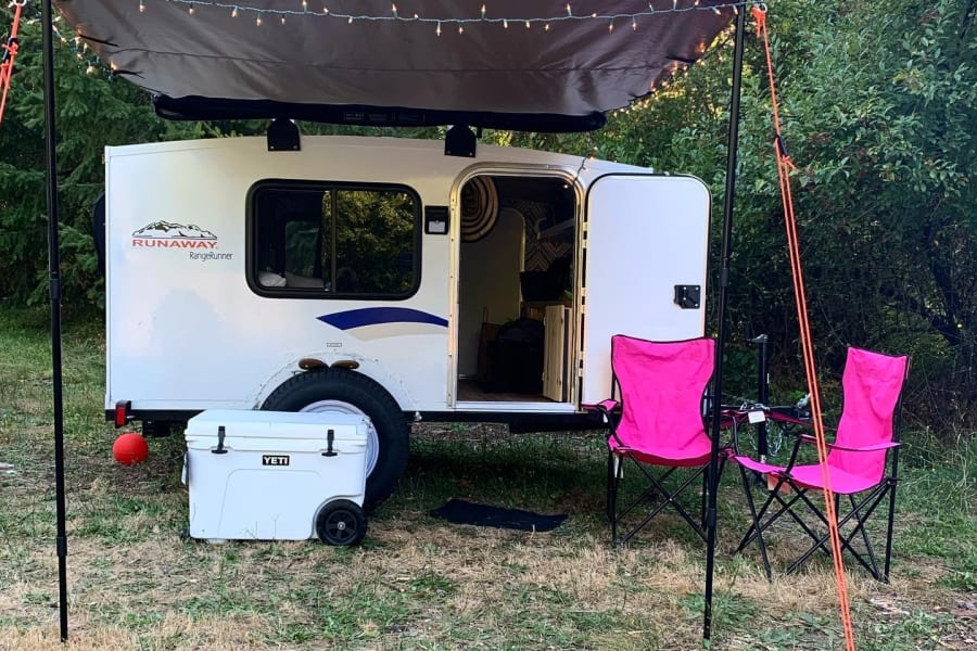 """Jolene! The perfect """"square drop"""" for any occasion. Fully equipped with solar powered motion sensor lights and Sunseeker roll out awning!"""
