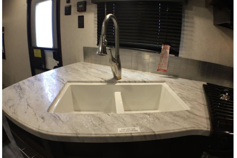 Main sink