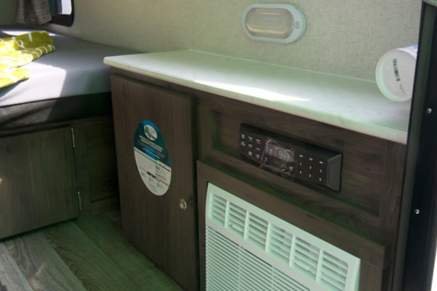 and some more pre-custom photos of the shelf, AC, and Bluetooh radio