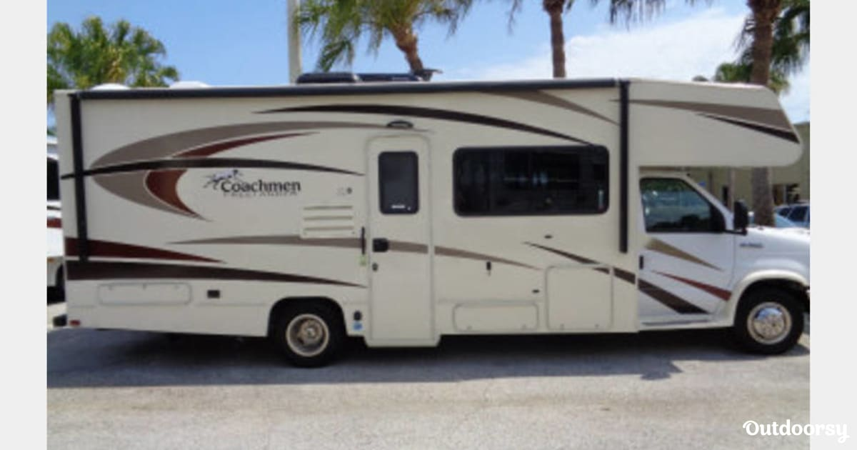 2017 Coachmen Freelander Motor Home Class C Rental In