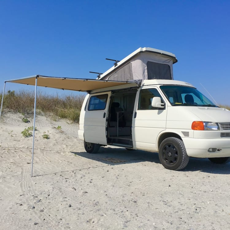 Features an ARB 2500 Awning