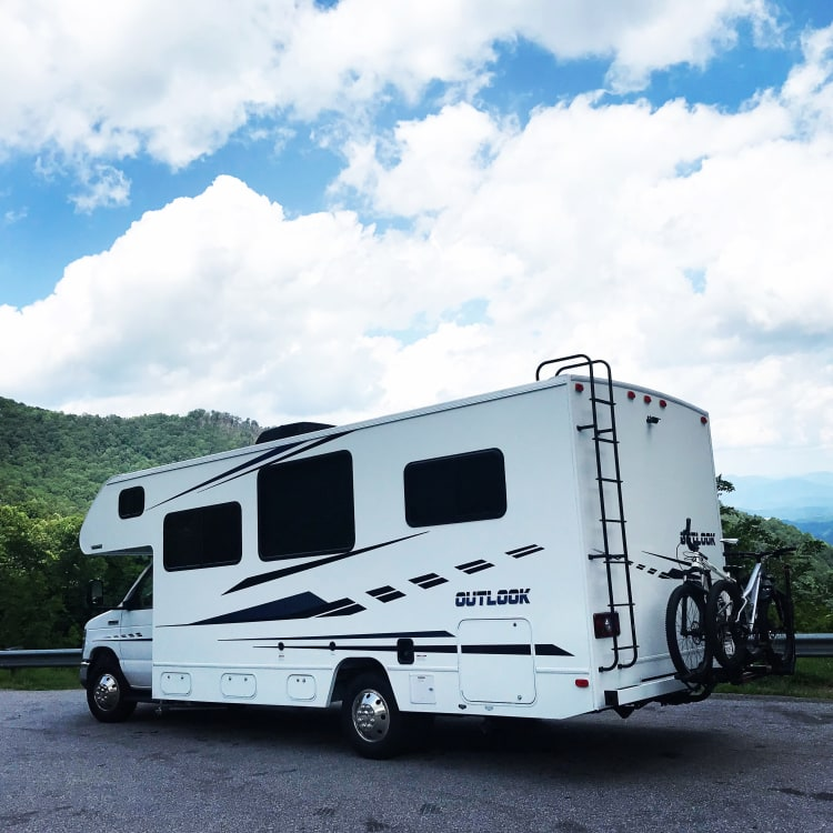 A beautiful scenic drive through the Southeast USA!