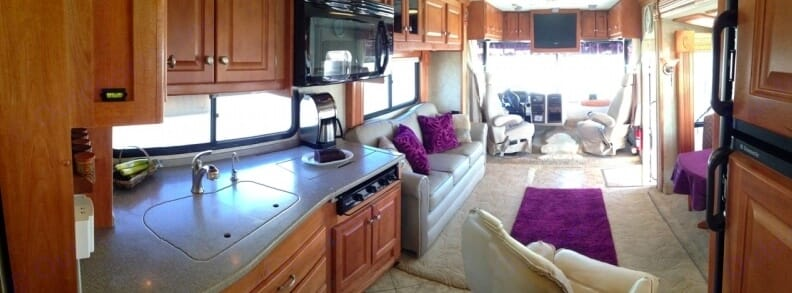 Solid wood cabinetry, Corian countertops and convection microwave. Gulf Stream Sun Voyager 2007