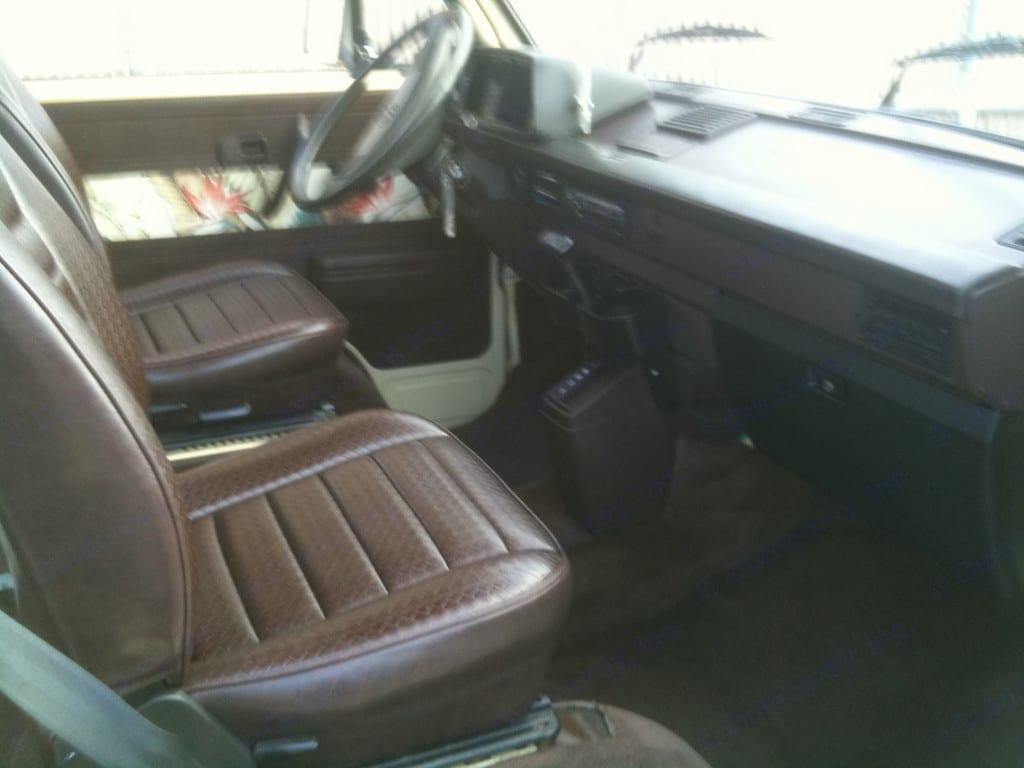 Volkswagen Vanagon SUBIE AUTOMATIC 1982