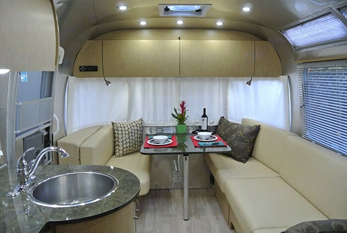 Airstream Flying Cloud 2013