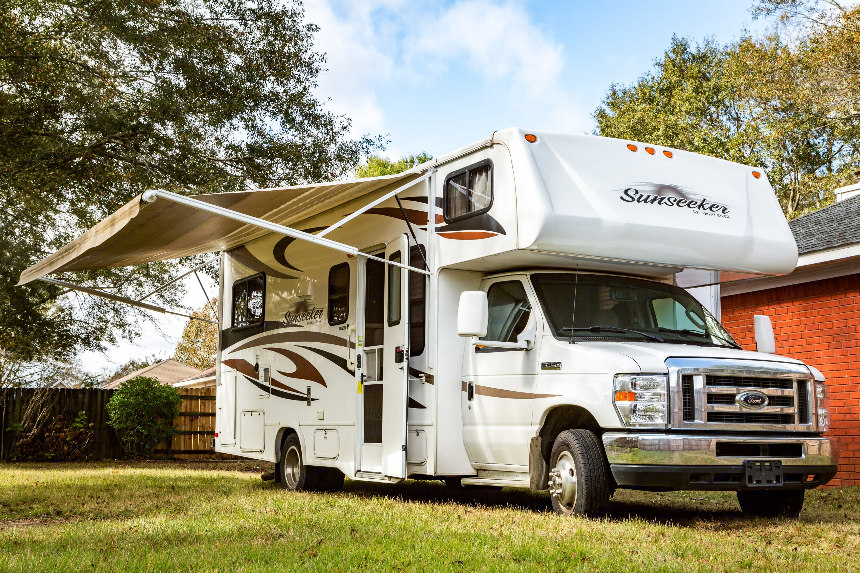 Easy to use power awning. Forest River Sunseeker 2450s 2013