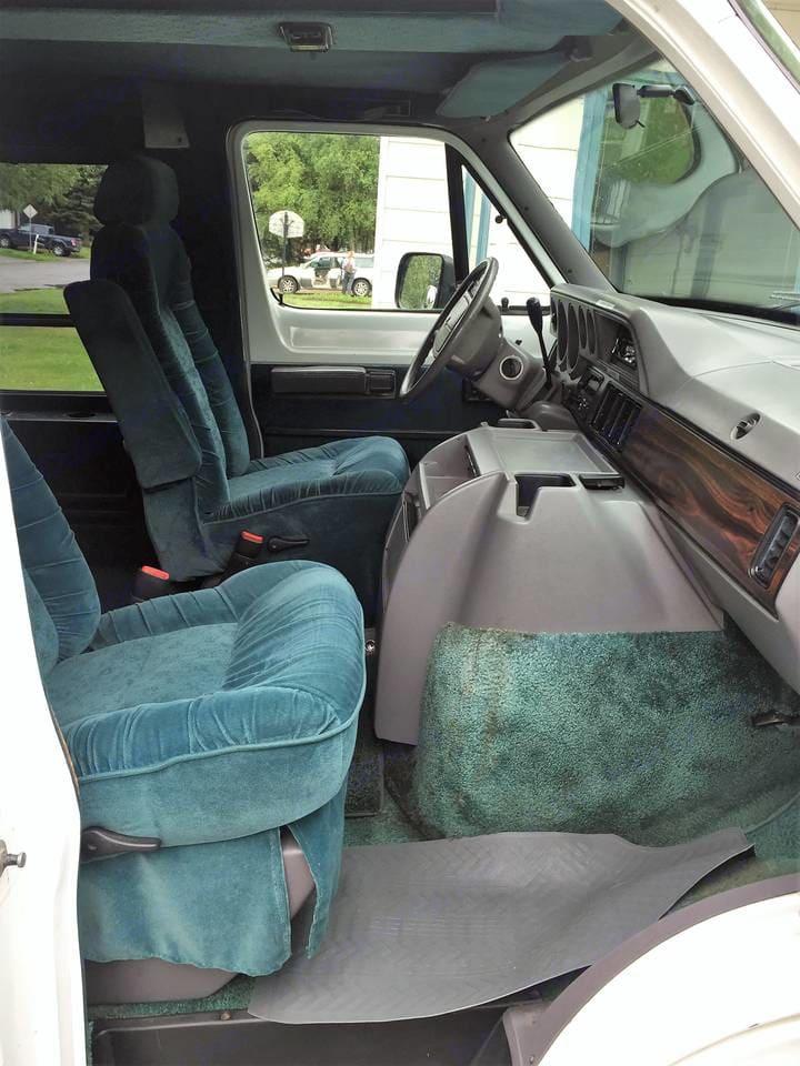 Interior passenger side. Dodge Camper Van 1995