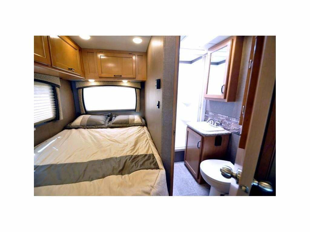 Main Bed, Bathroom. . Thor Motor Coach Chateau 2016