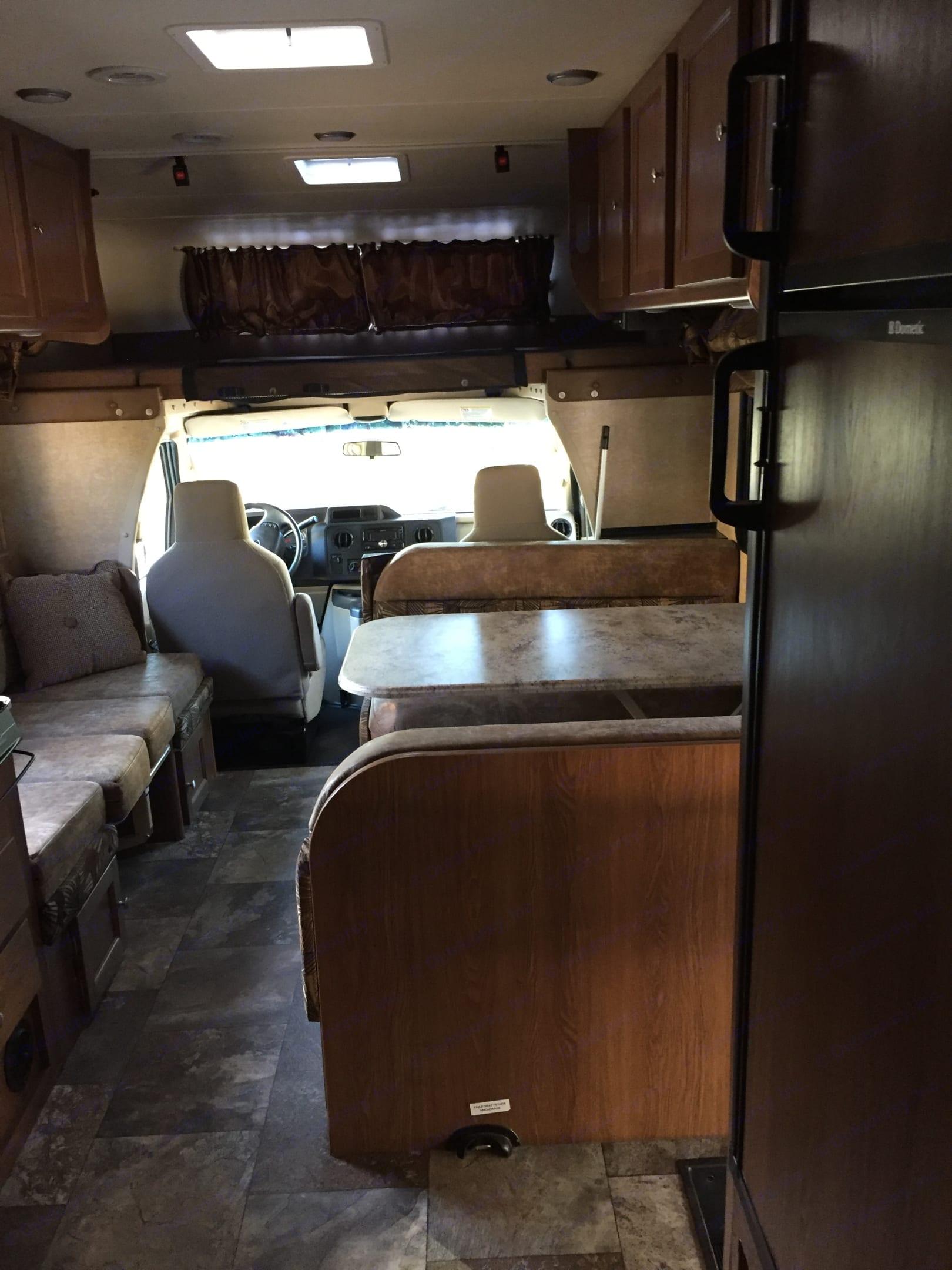 Spacious interior. Coachmen Leprechaun 2017