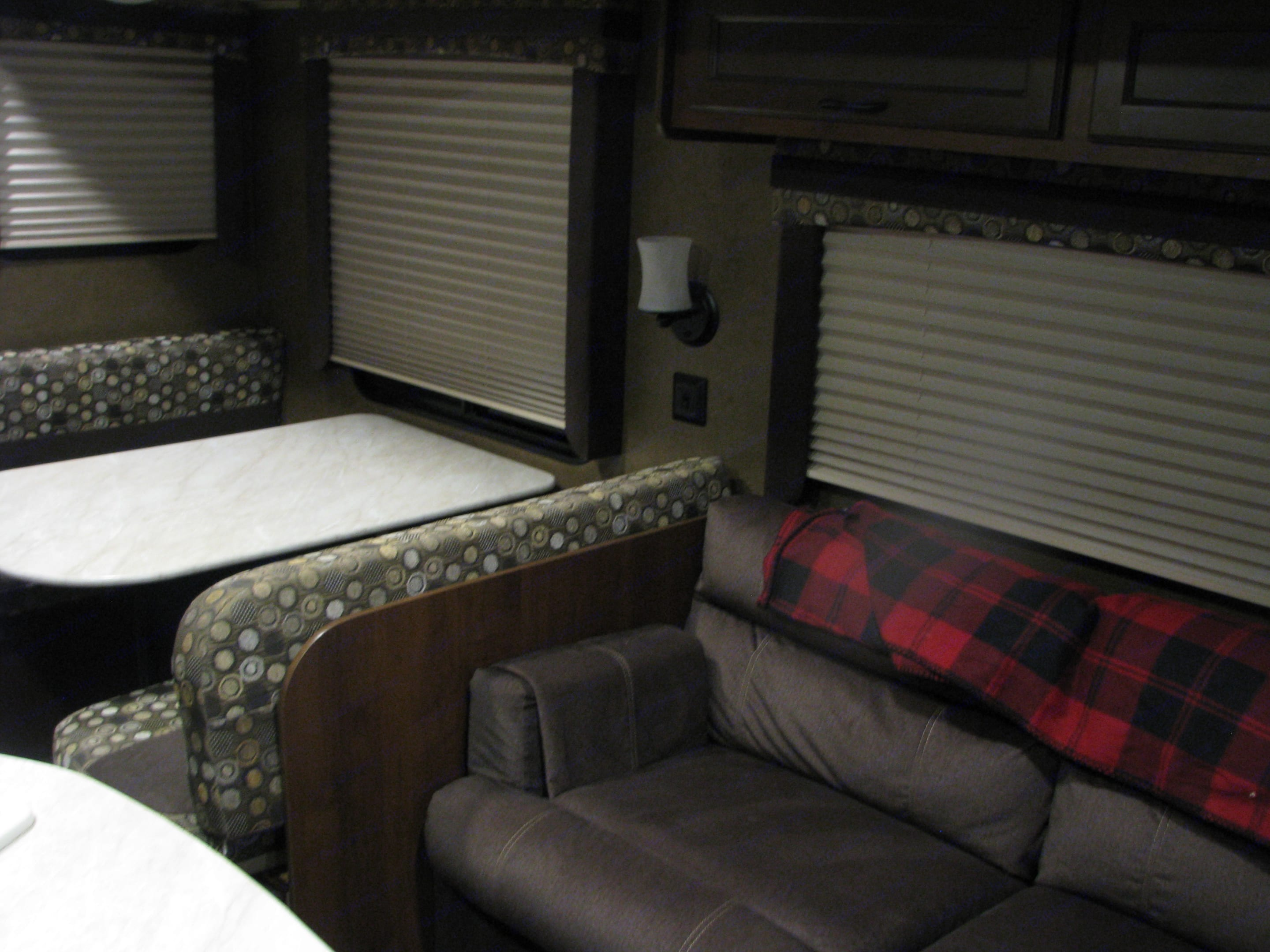 Table and couch both turn to beds.. Jayco Jay Flight 2015