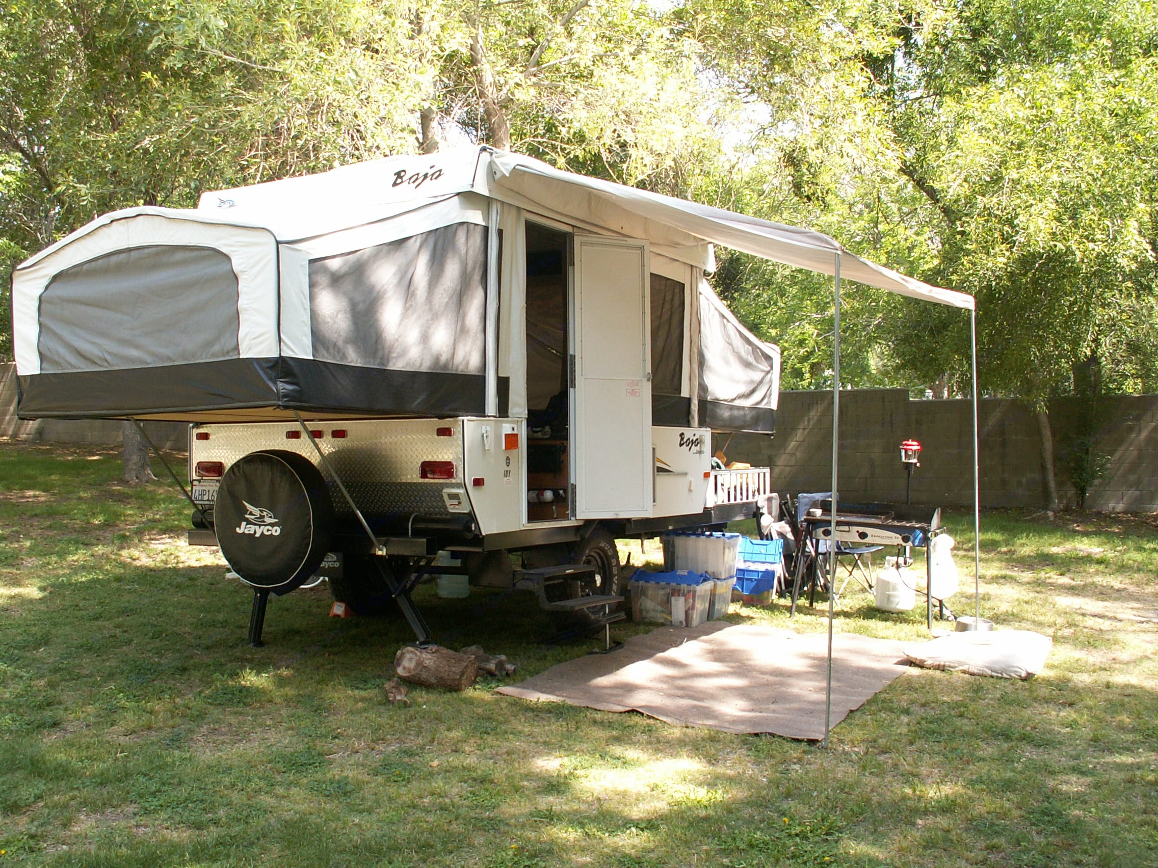 Awning out! Got lots of sun on this trip to Bonita Ranch.. jayco baja 10 y 2006