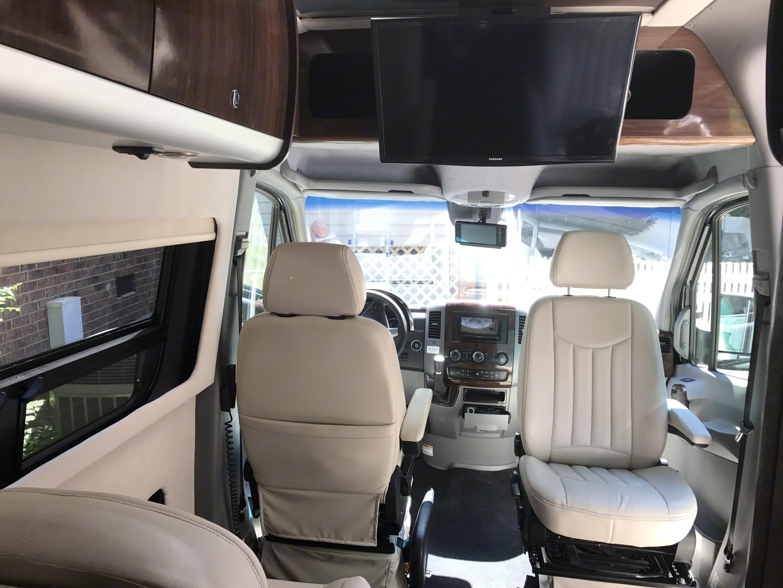 Airstream Interstate 2016