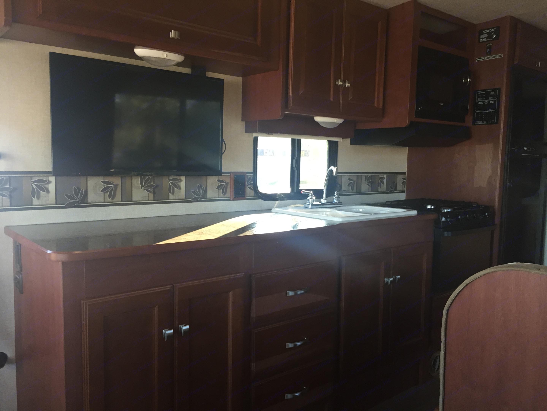 Full kitchen. Winnebago Vista 2014