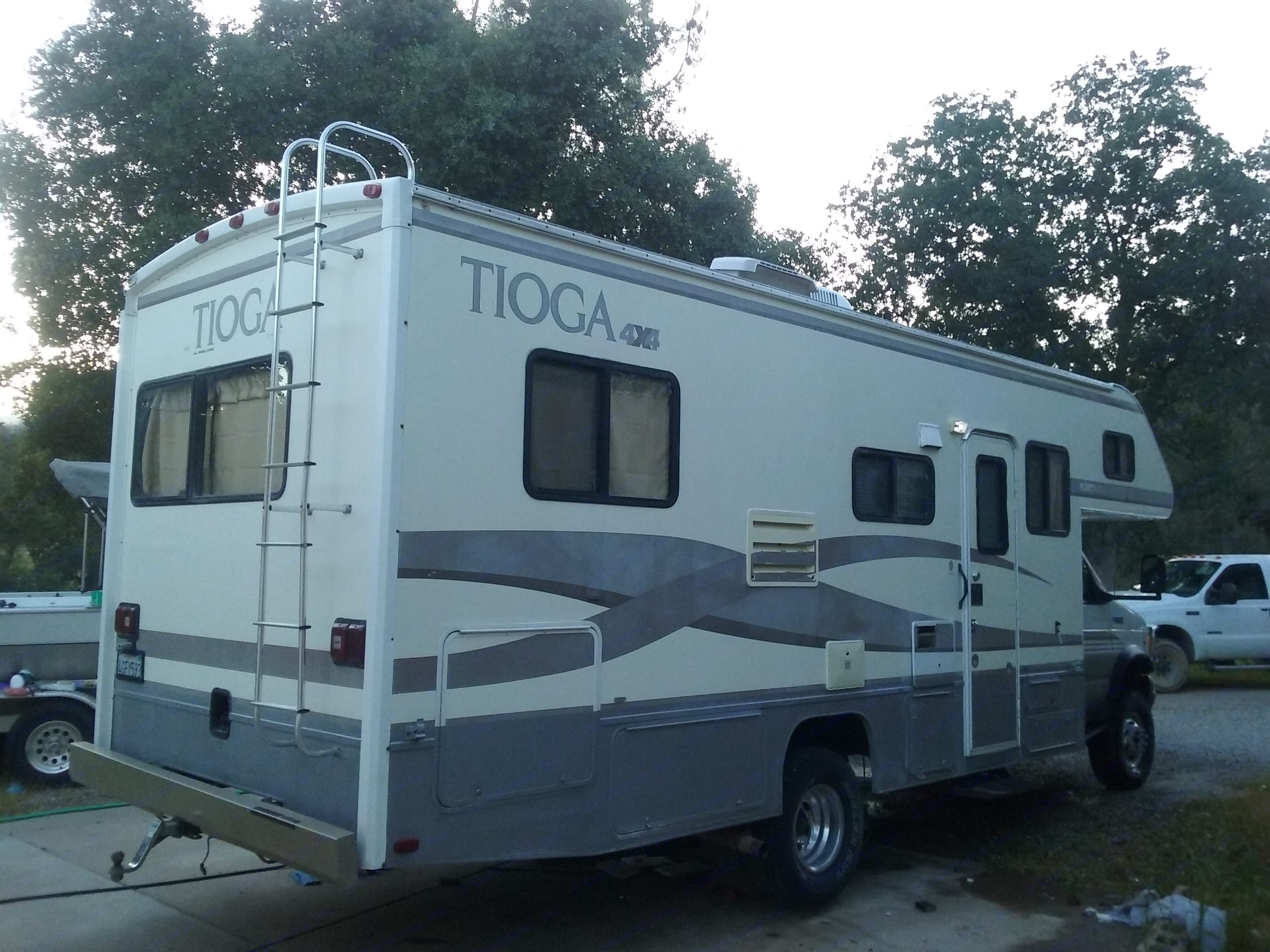 Youtube Video Tour https://www.youtube.com/watch?v=cnF33oJTYCo&feature=youtu.be . Fleetwood Tioga 2000