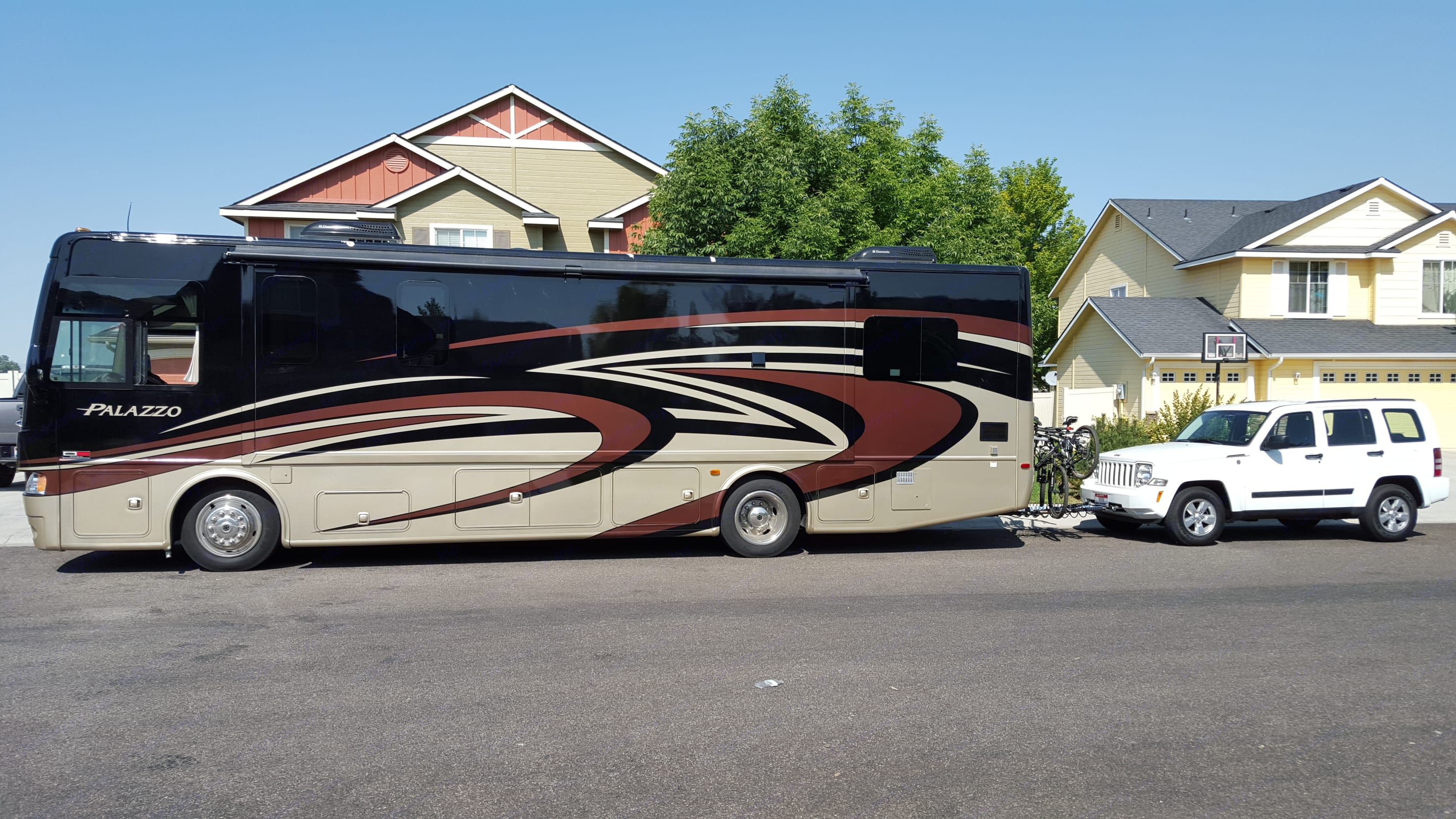 Yes we can rent the Jeep with it!. Thor Motor Coach Palazzo 2015