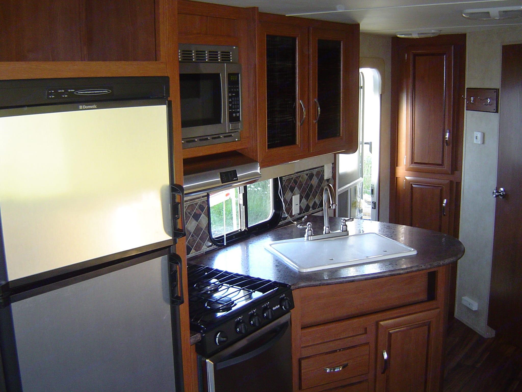 Kitchen. Forest River Salem 2015