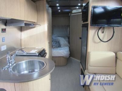 Airstream Flying Cloud 23 2016