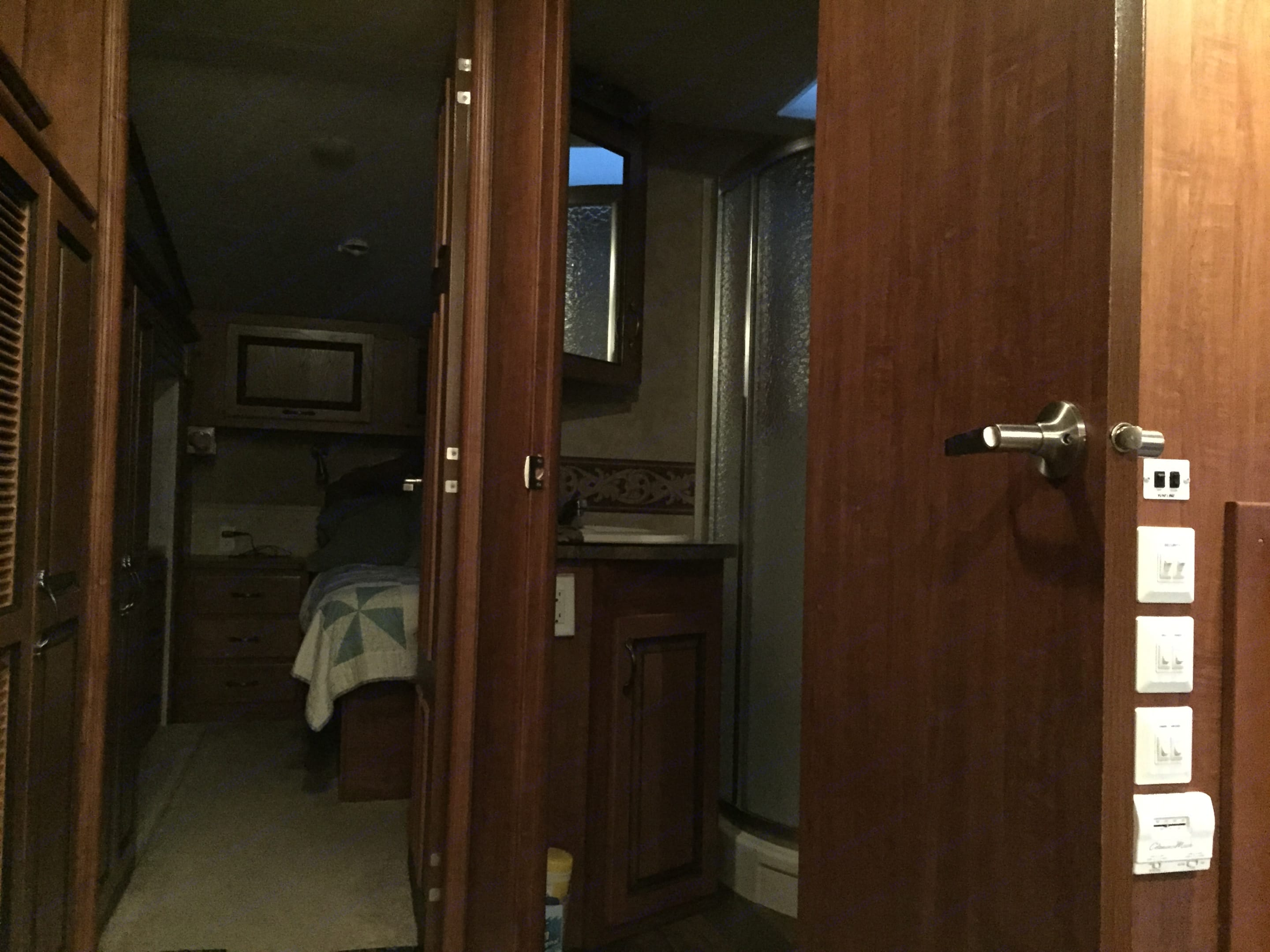 This bathroom, unlike many campers, has room for 2.  The shower is roomy, you will not feel like you can't move around without hitting the walls on every angle.. Jayco Eagle 2010