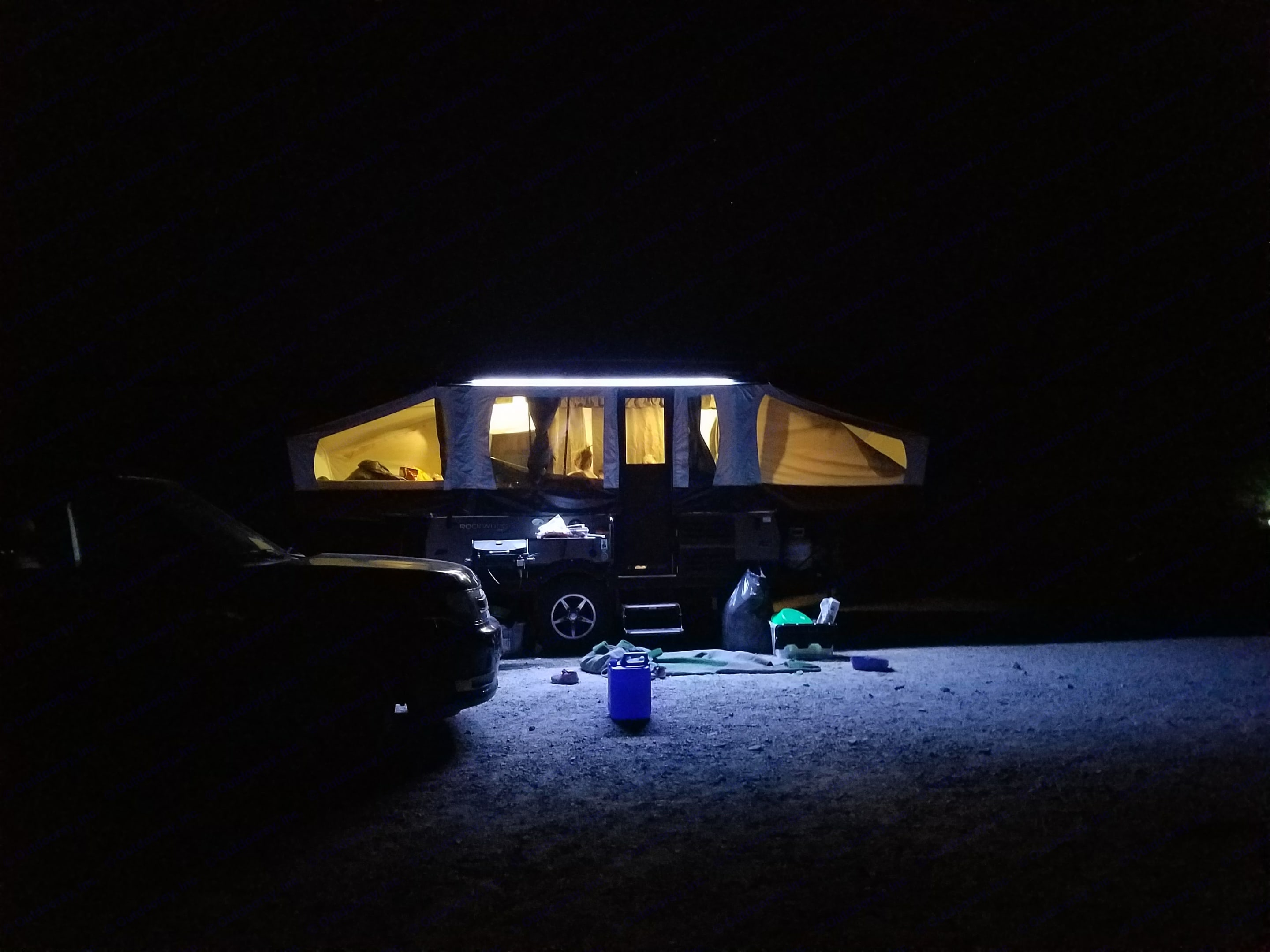 Camping in Death Valley - The exterior lighting lights up our camp.. Rockwood 1970esp 2017
