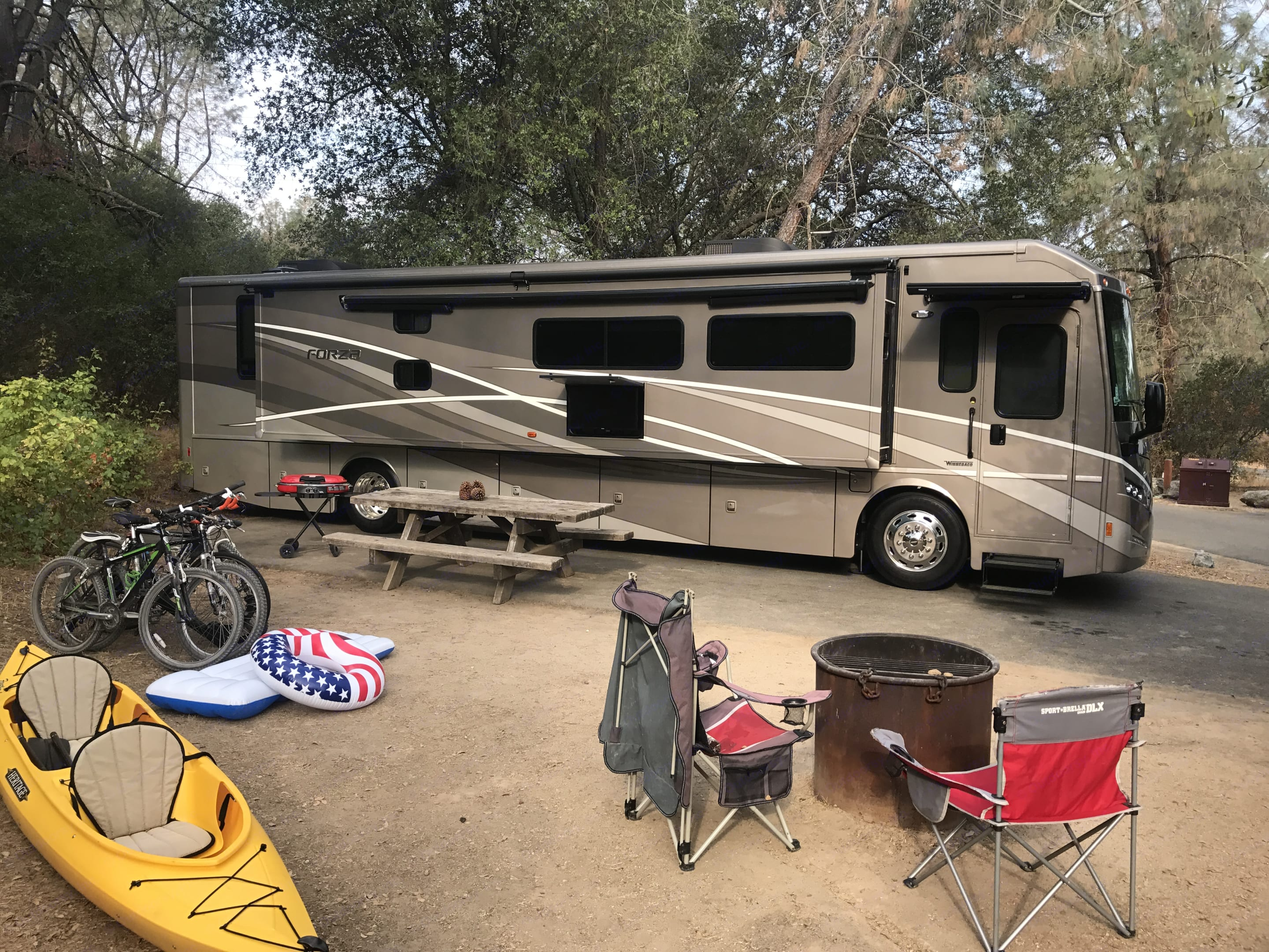 Your dream RV for all outdoor vacations.  More comfort, space and possibilities to ensure your vacation is full of stories to tell family and friends...or just bring them along!. Winnebago Forza 2017