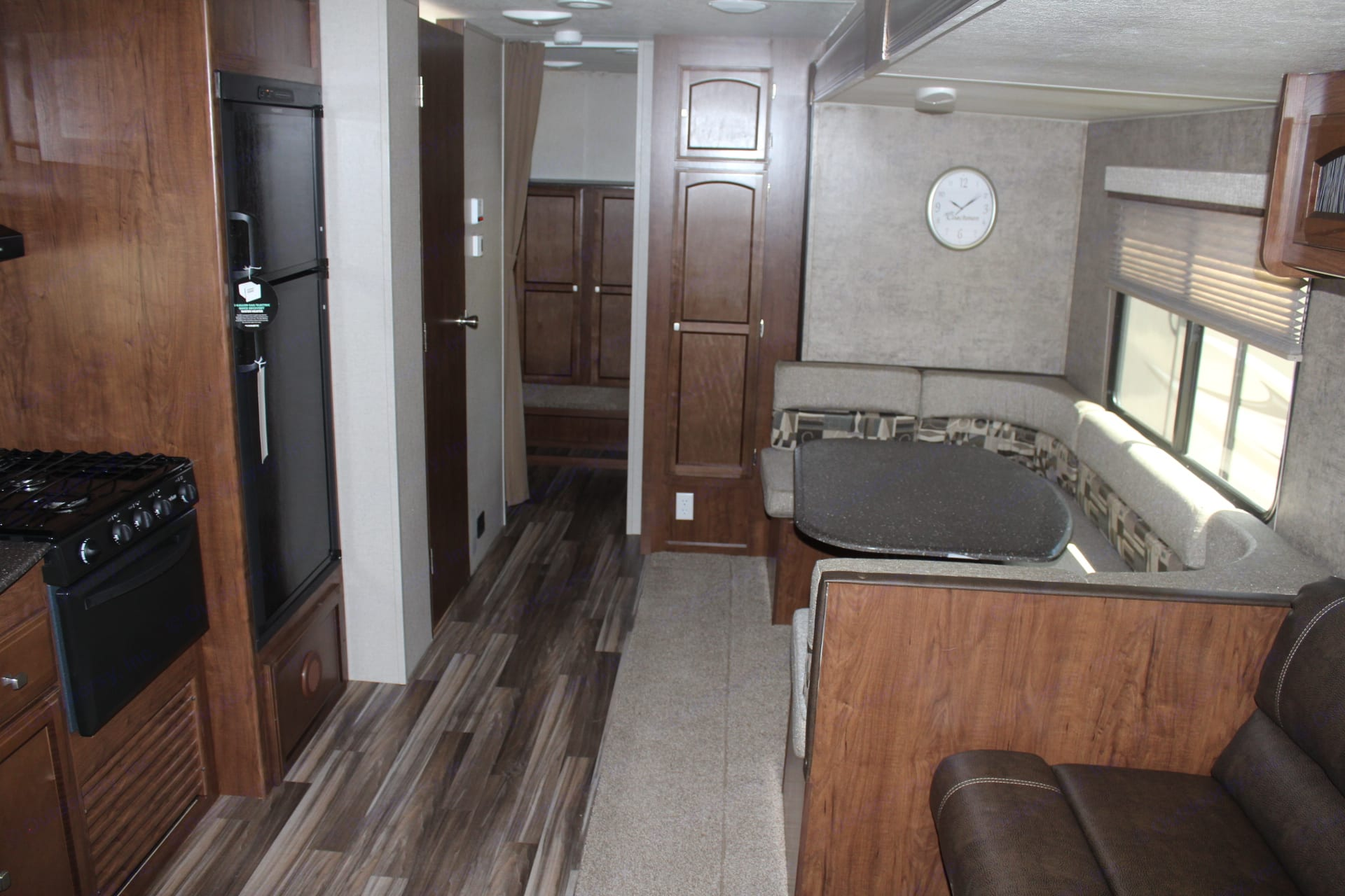 Separate bunk room with 4 bunks. Coachmen Freedom Express 29 Select Edition 2018
