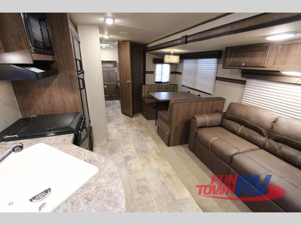 This image is to be used to reference the size and space of the living area. . Palomino Solaire Ultra Lite 2015