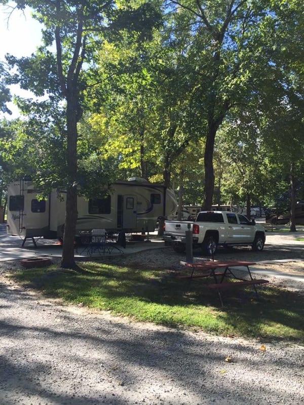 Cozy spot at Lake Murray . Grand Design Reflection 2015