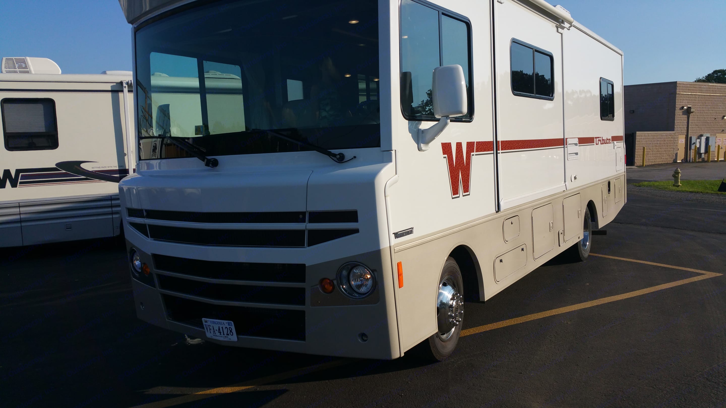 """2015 model, a tribute to the """"Flying W"""" of the Winnebago.  Turns heads and attracts compliments from other RVers. Itasca Tribute 2015"""