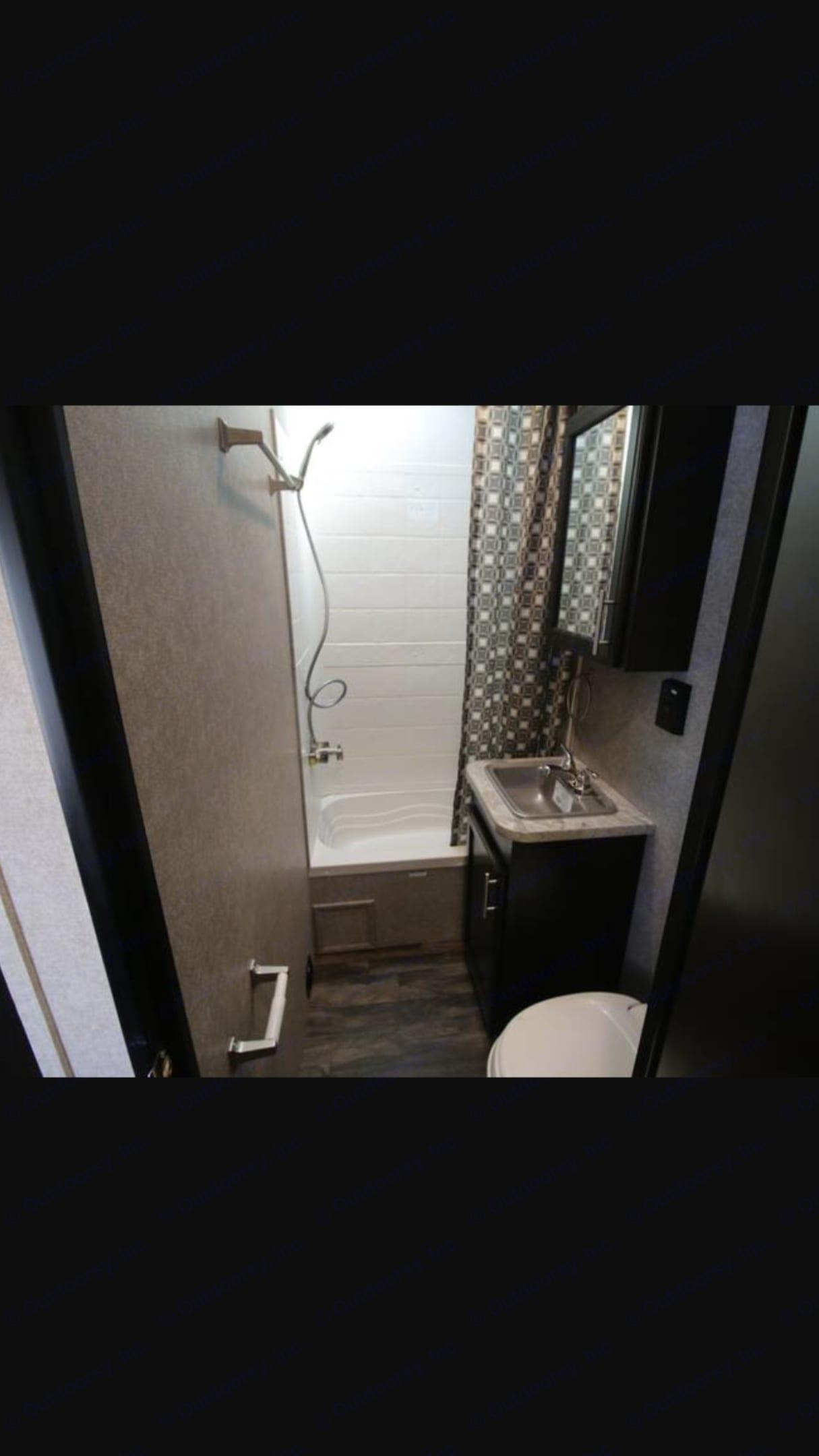 Heated shower with plenty of space . Jayco Octane 2017