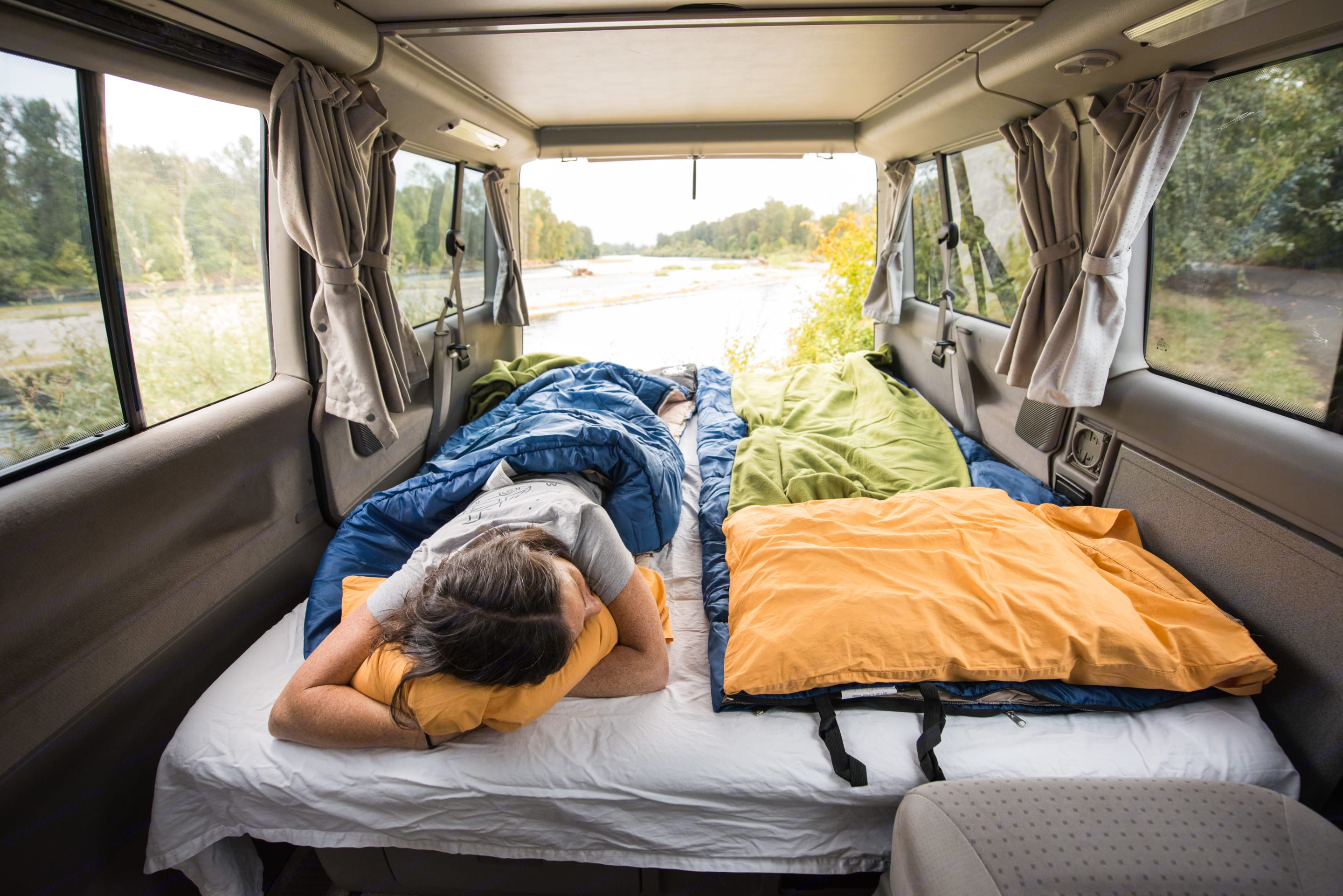 The bottom bed inside Weekenders is a full 15 inches... pull out the back seat and get comfortable!. Volkswagen Eurovan Weekender 2002