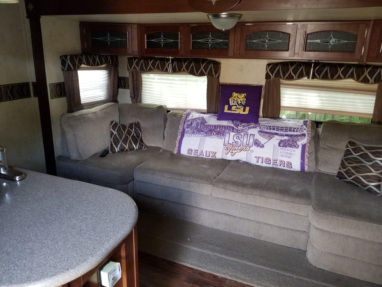 Living room. Forest River Flagstaff Classic Super Lite 2014