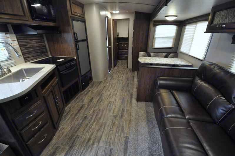 Living Room. Cruiser Rv Corp Radiance 2018