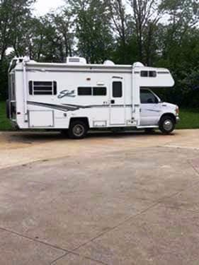 Much storage inside and out. Easy to drive.. Shasta Other 2002