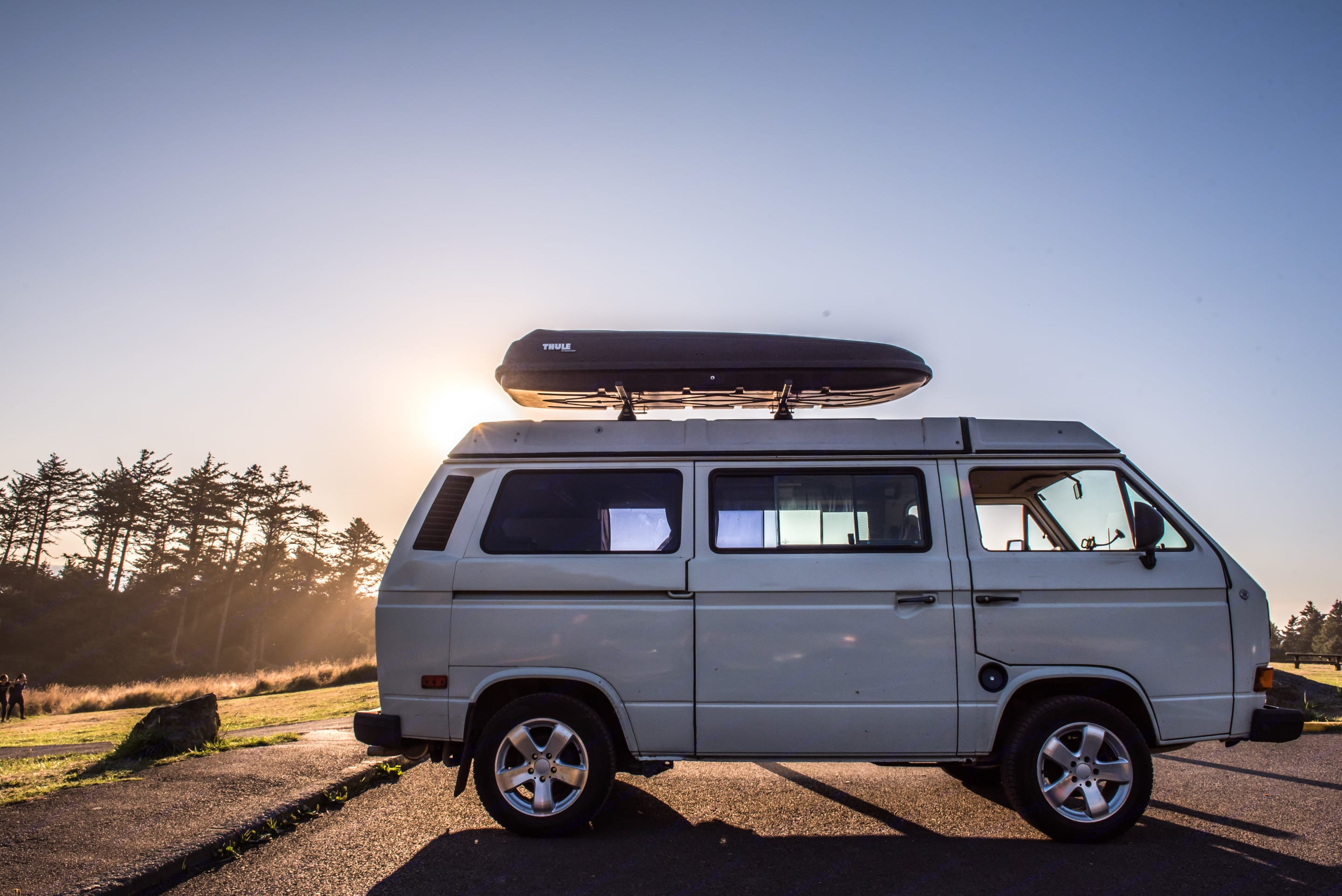Mt Hood is the mountain visible from Portland, where Portlanders head for skiing, camping, hiking, biking and just about any recreational activity you can think of. Rent the camper van called Mt Hood for your next adventure.. Volkswagen Vanagon Weekender 1986