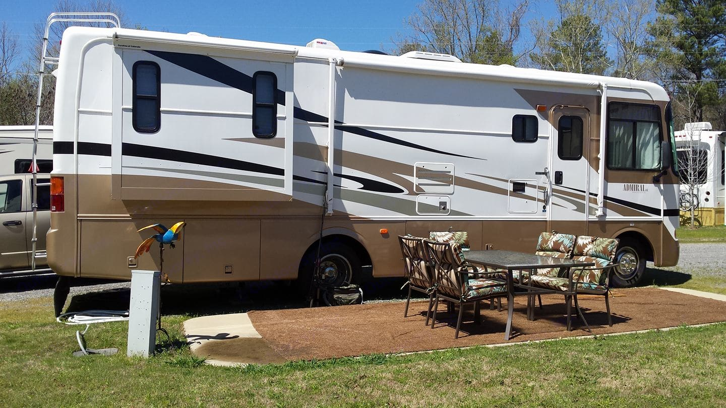 RV View from Outside. Holiday Rambler Admiral 2005