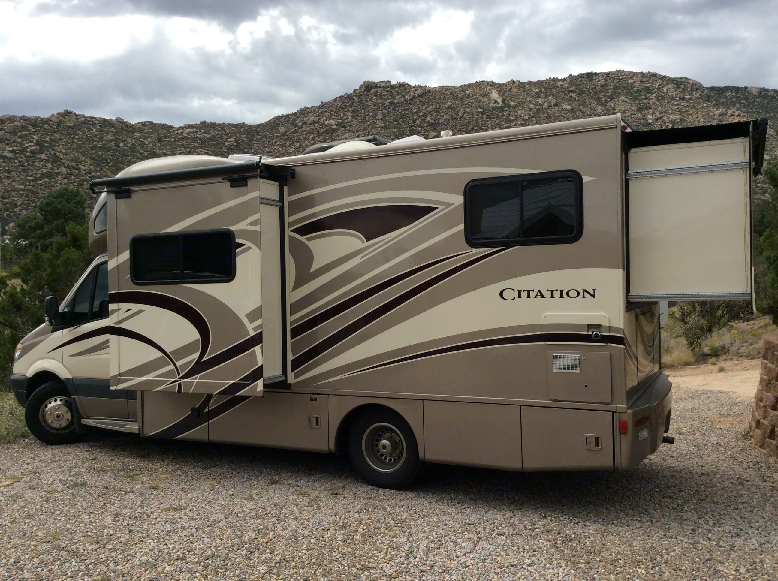 Thor Motor Coach Chateau Citation 2014