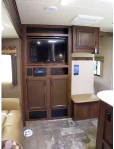 Flipable TV - Livingroom Side. Jayco Jay Flight 28RBDS 2015