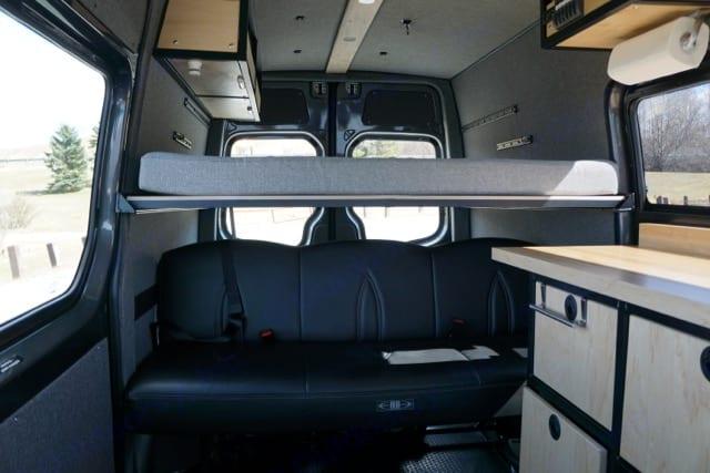 Freightliner 4x4 Sprinter 144 High Roof 2016