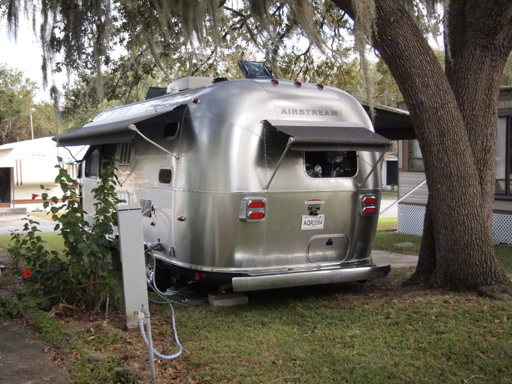 Full three awning package provide plenty of shade for those sunny days and shelter when raining.. Airstream International 2014