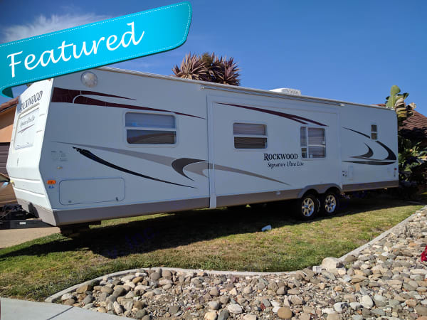 Awesome 34 foot Signature Ultra Lite Rockwood. Forest River Rockwood Signature Ultra 2010