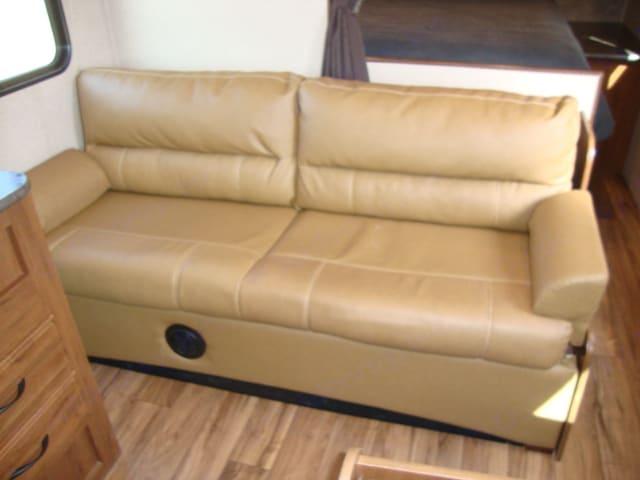 jackknife sofa sleeper. Jayco Jay Flight 264BHW 2016