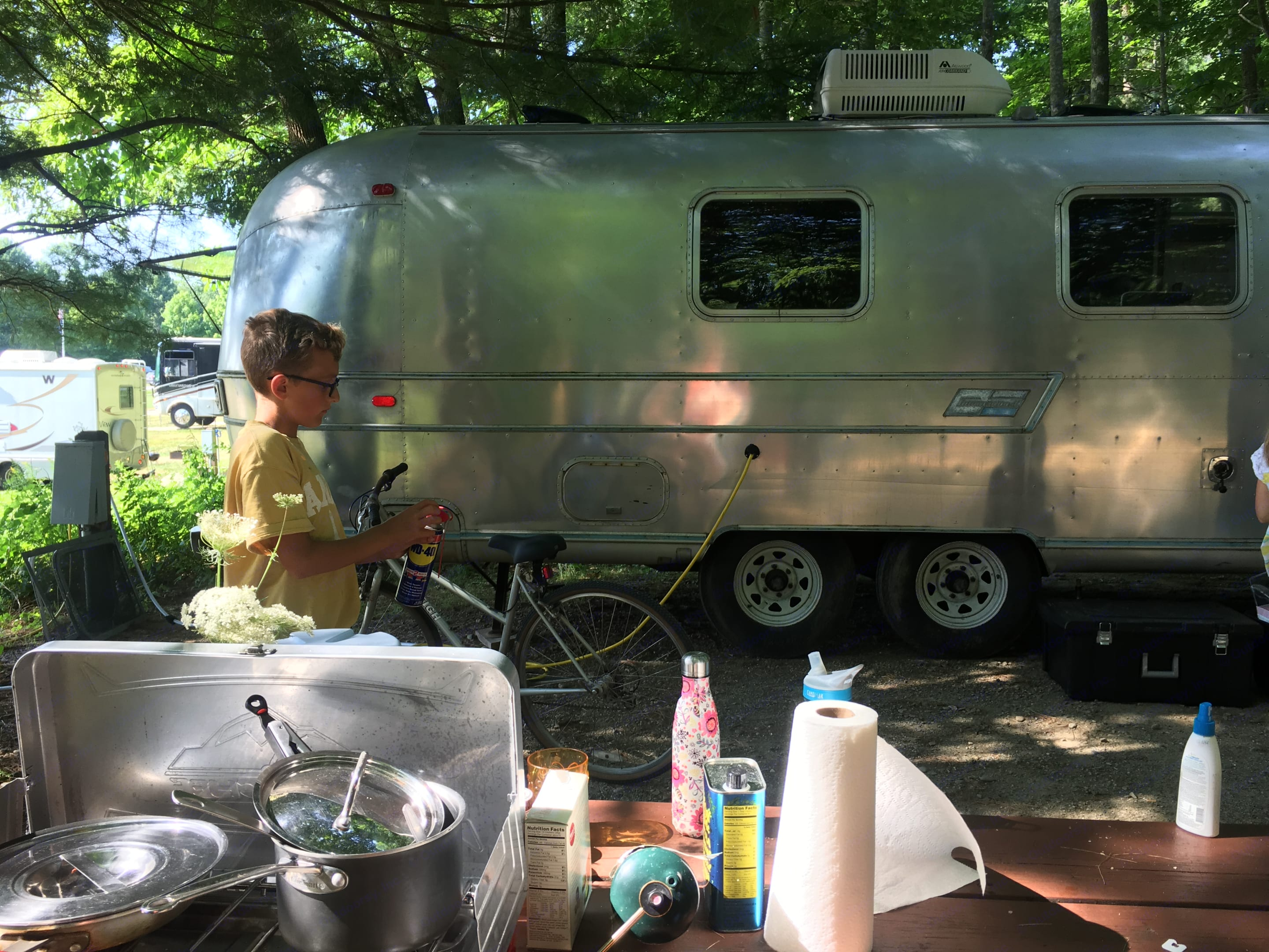 boy not included. Airstream Ambassador 1972