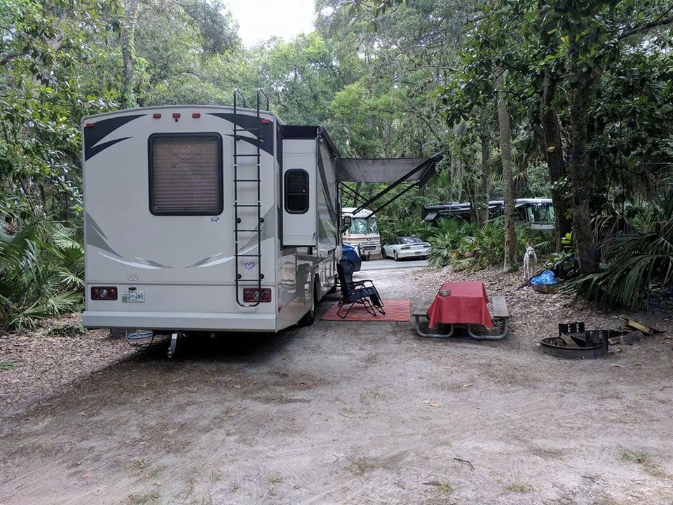 Full awning for shade while you eat. Sure came in handy during our beach trip to Florida. . Forest River Fr3 2015