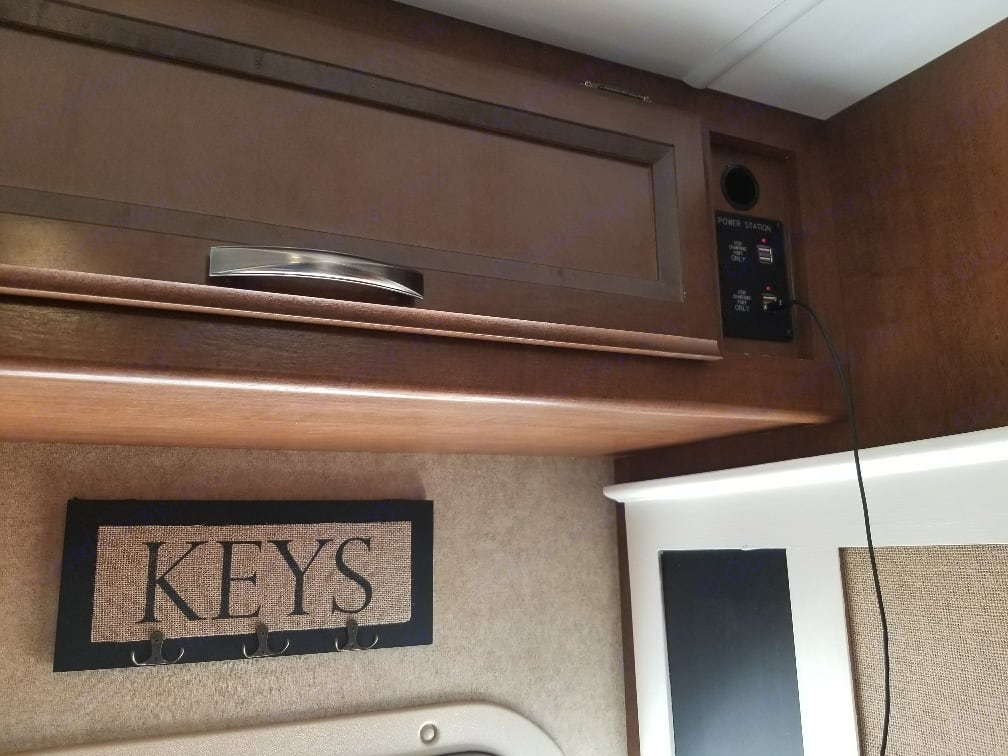 USB charging dock allows for all your gadgets to stay fully charged no matter where you go. . Thor Motor Coach Four Winds 2015