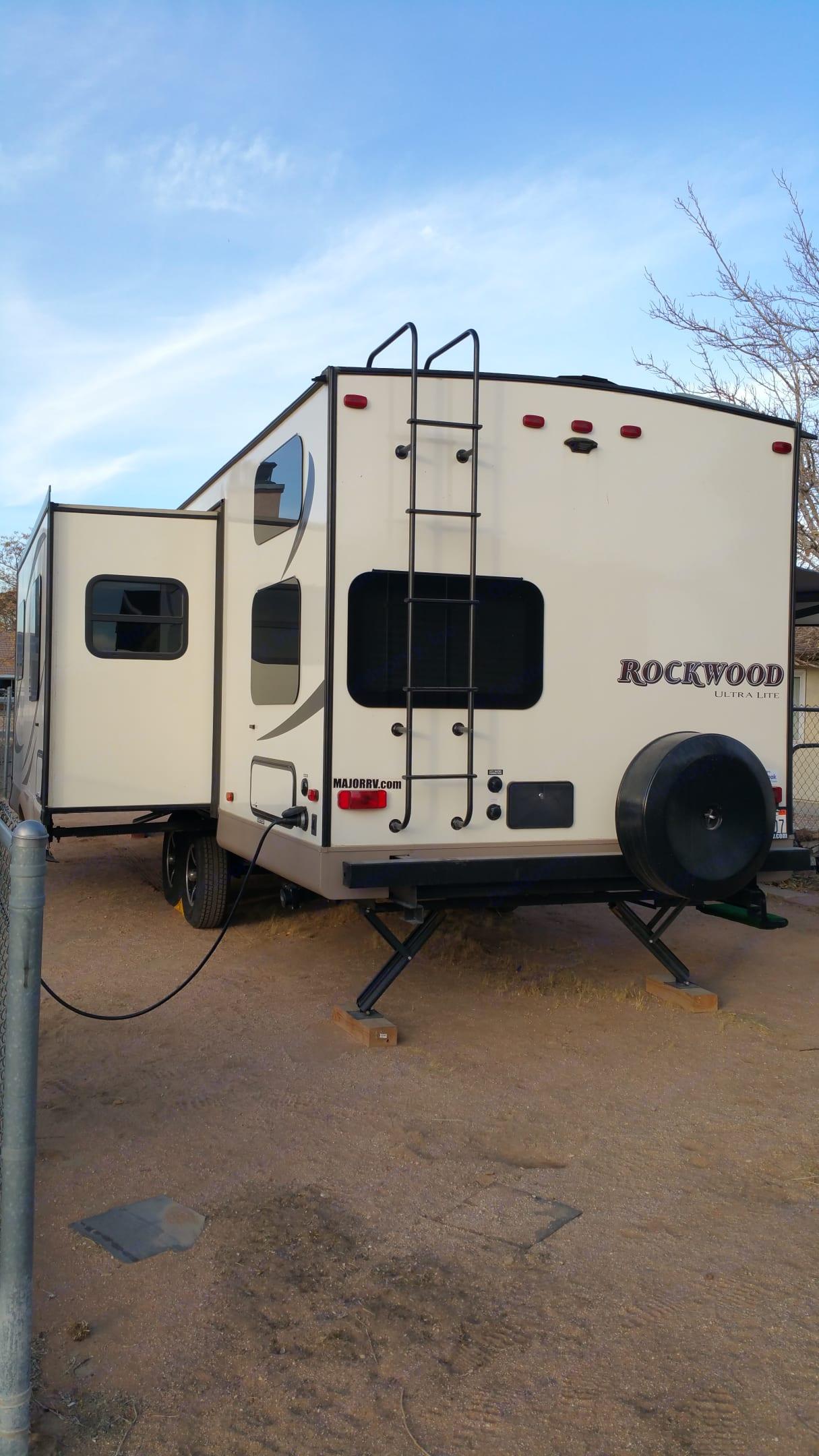 Forest River Rockwood 2702ws 2017