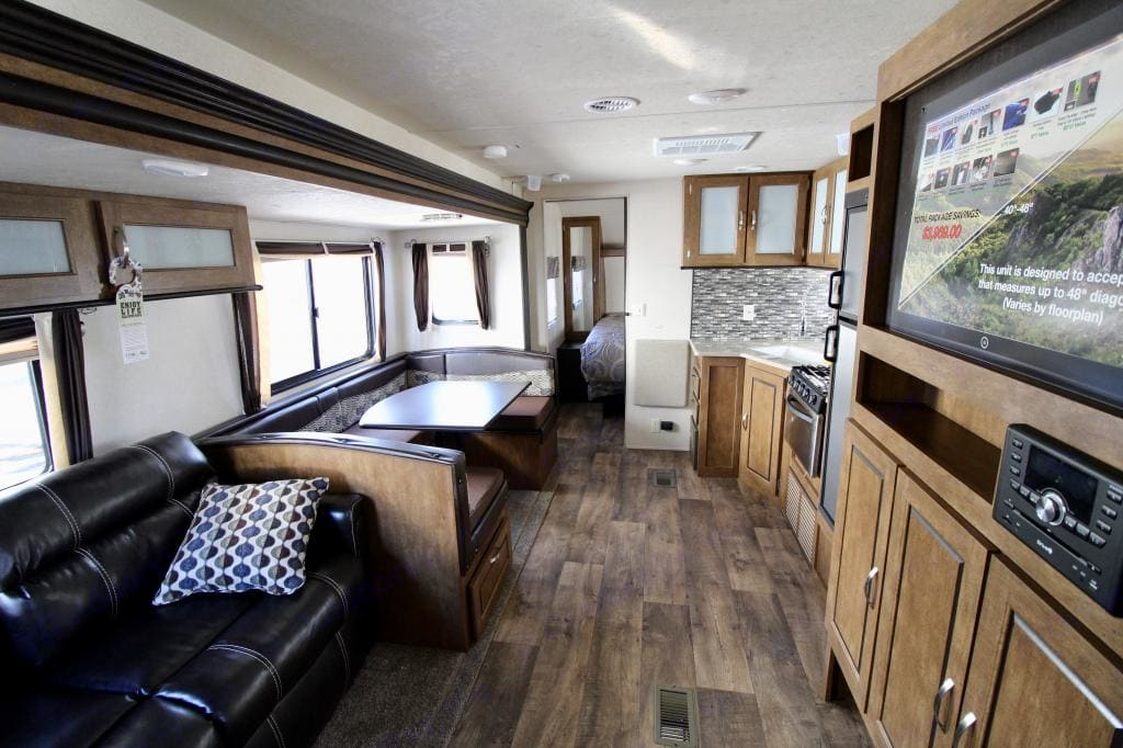 Lots of room for families. Forest River Wildwood 2018